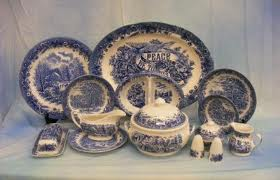 vintage blue and white dishes