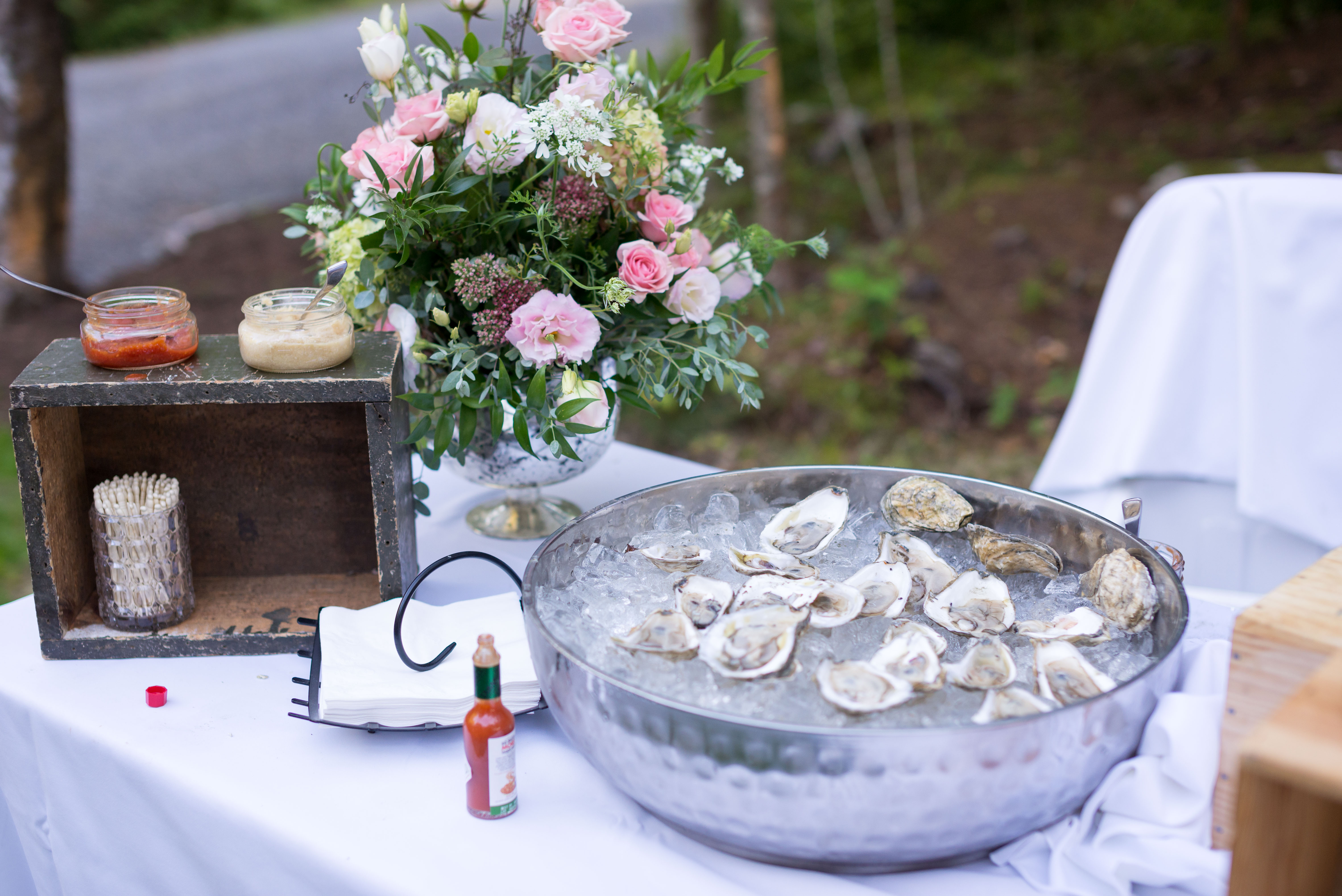 maine weddings, maine catering, midcoast caterer, Midcoast Maine Wedding, Maine wedding planner, Maine wedding Blogger, Sweetest thing Weddings, Real Maine wedding, Get local Food, Stone Cove Catering